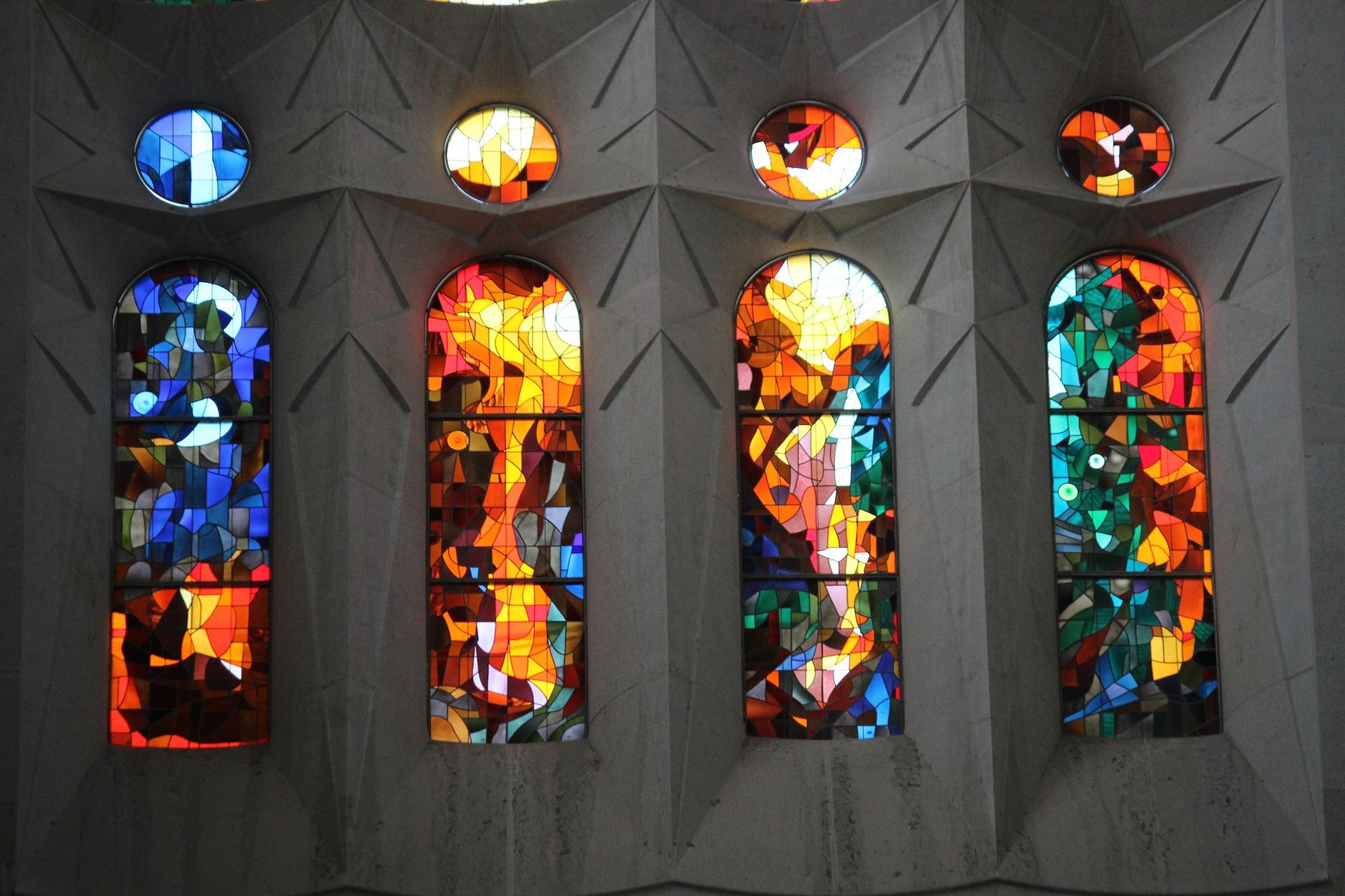 Ventanas desde el interior de La Sagrada Familia